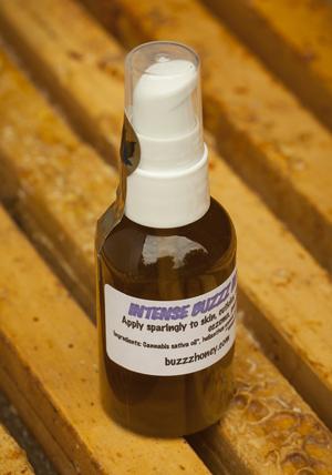 Buzzz Honey Intense treatment oil